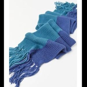 🆕NWT Urban Outfitters colorblock blanket scarf